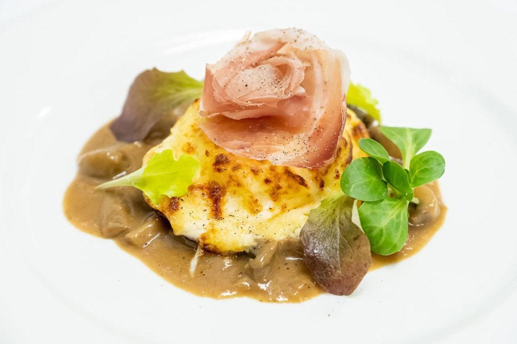 affettati formaggi produzione propria 1024x682 Cucina Ristorante Ariis di Rivignano