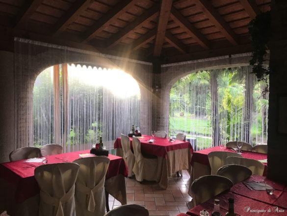 ristorante principato ariis cerimonie72 585x439 Galleria foto cerimonie al Principato di Ariis